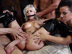 Tortury i dominacja