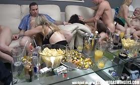 Sex impreza na trzydzieści osób