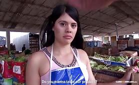 Ruchanko z dziewczyną z kolumbijskiego warzywniaka